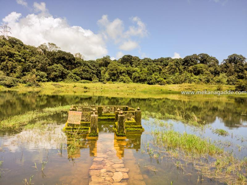 Kala-Bhairaveshwara-Temple-Pond-Devaramane